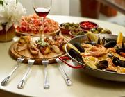 mallorca urlaub gastronomie tapas paella fotolia